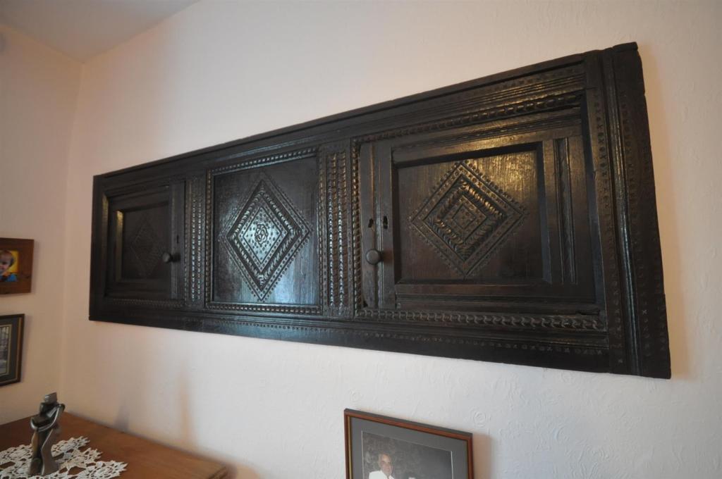 17th Century Wall Cu
