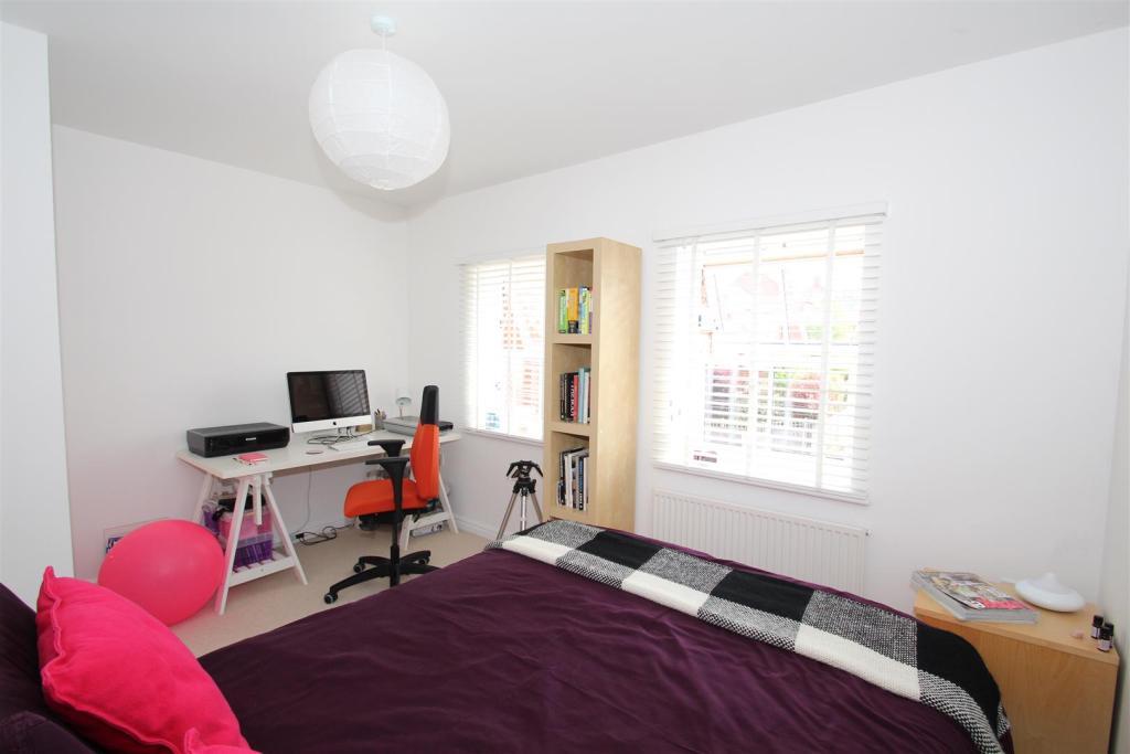 107 Stratford BED 1