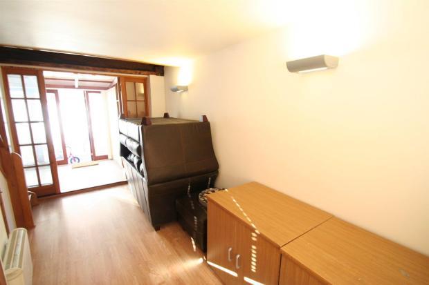 Guest Suite Living S