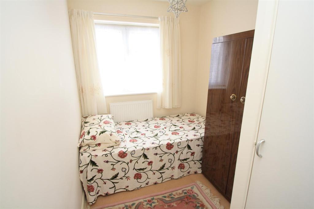 94 Severn Way Bed 3.