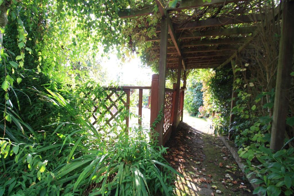 main garden d.JPG