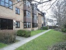 Flat to rent in Whelan Way, Beddington