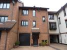 3 bed Town House in Calshot Court...