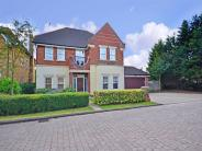 7 bed Detached house for sale in Courtgate Close...