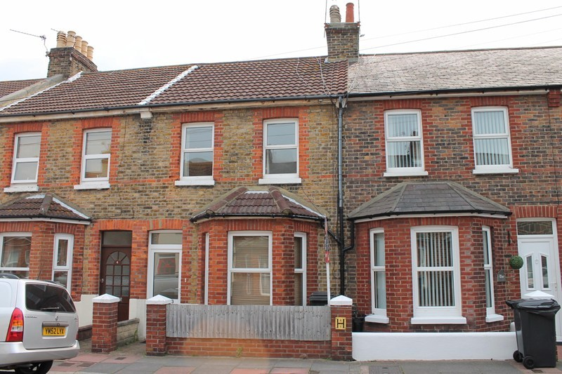bedroom terraced house to rent in beltring road eastbourne bn22