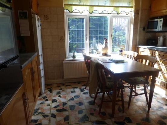 Breakfast kitchen (f