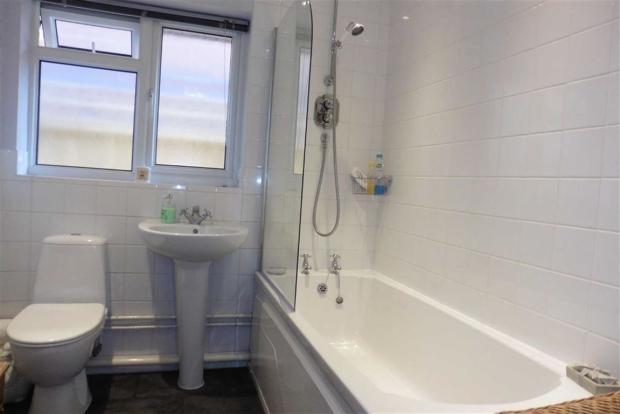 Luxury modern bathro