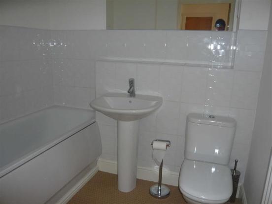 Bathroom (side)