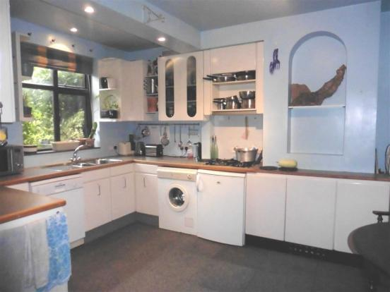 Breakfast kitchen (r