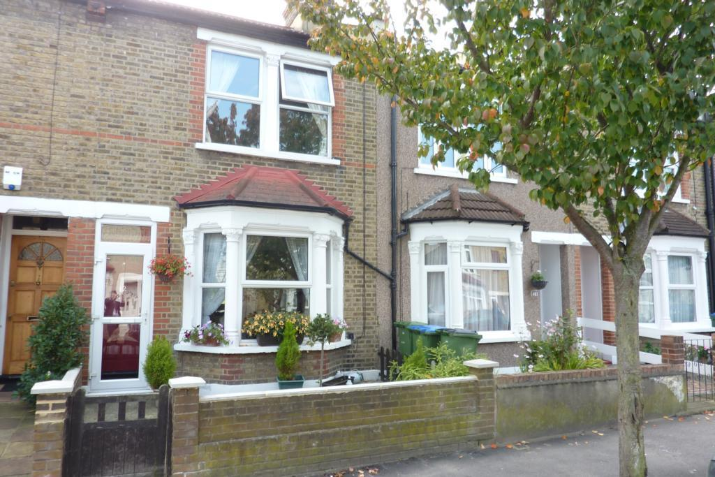 Front Elevation Of Houses In London : Bedroom terraced house for sale in federation road