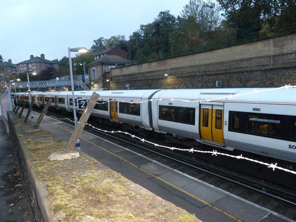 Woolwich Dockyard Station