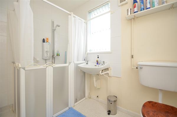 SHOWER WET ROOM/WC