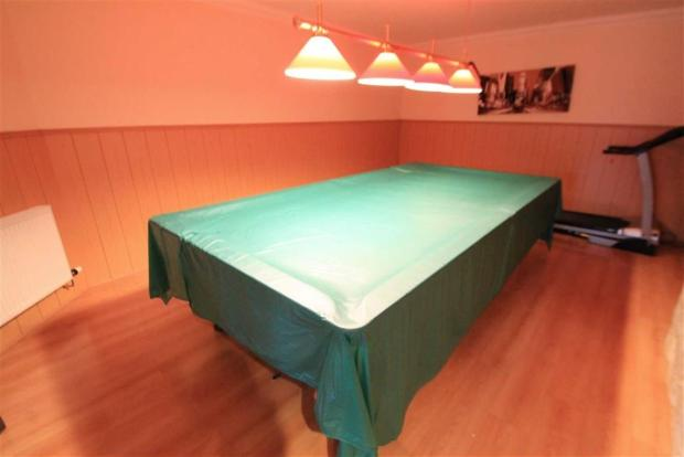 Snooker/Games Room