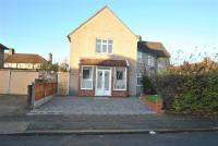 3 bedroom house in Sheldon Road, Dagenham