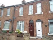 2 bedroom Terraced house in Upper Grove Road...