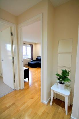 hallway (Main)