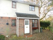 End of Terrace property to rent in MAIDENBOWER