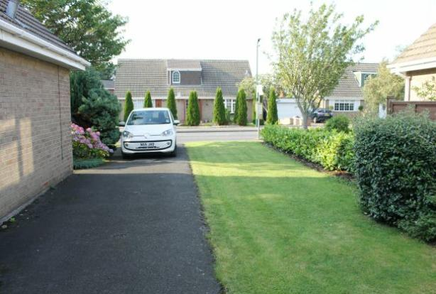 Front Garden/Drive
