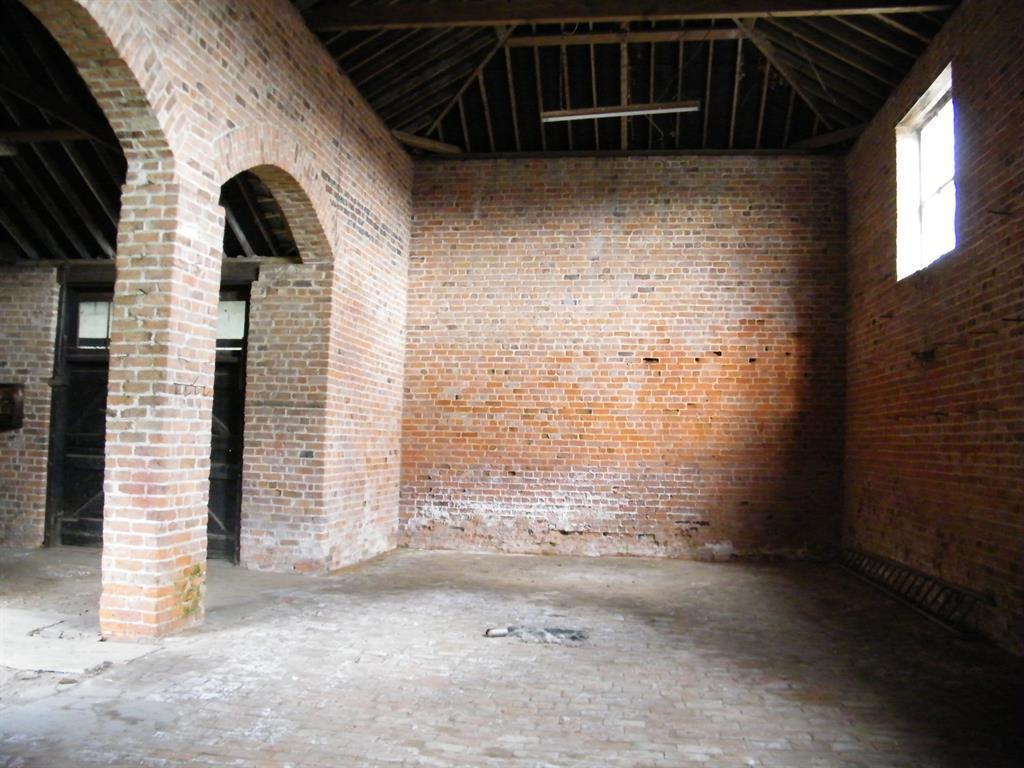 Rushton Barn Internal 1