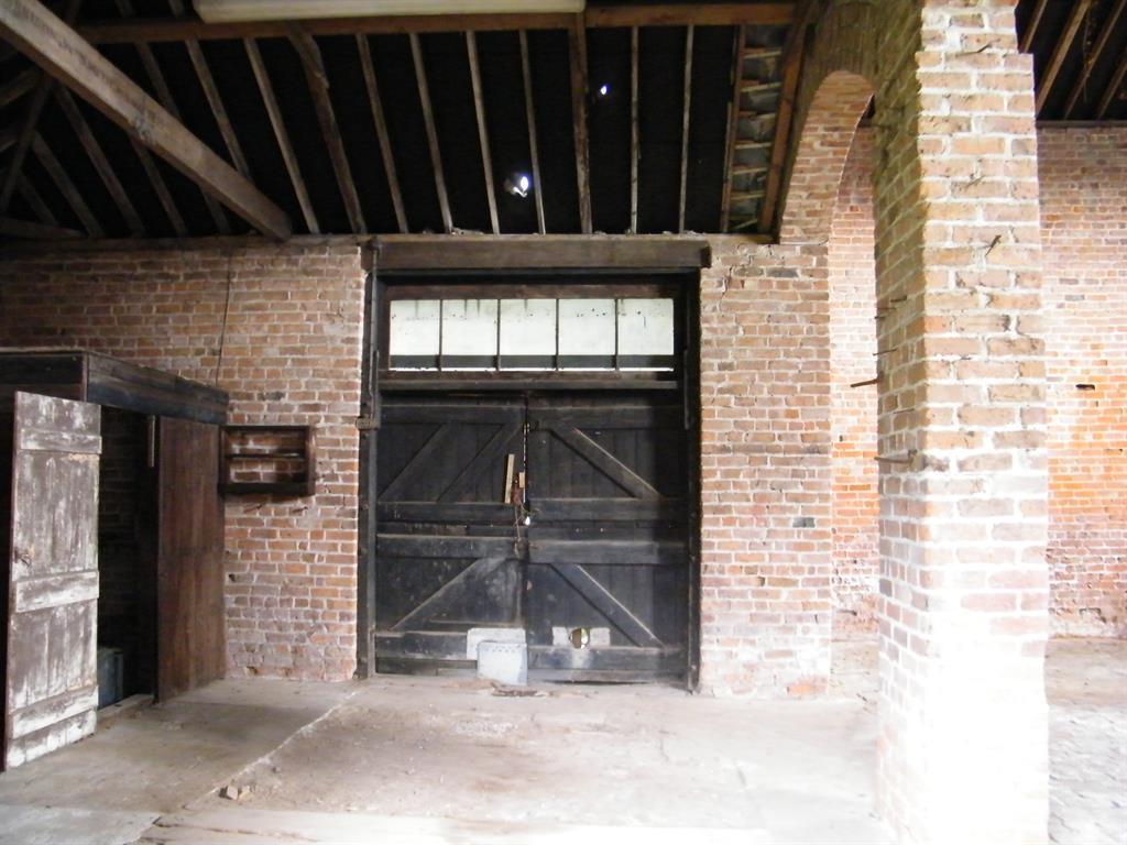 Rushton Barn Internal 5