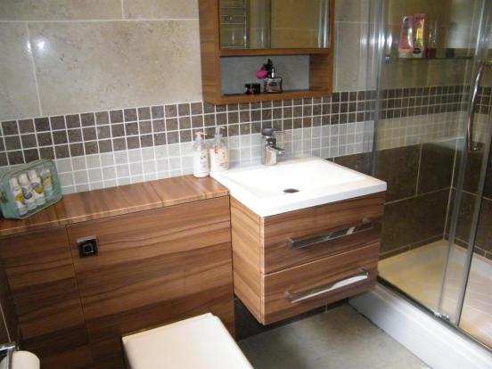 Enuite Shower Rroom 1 x1