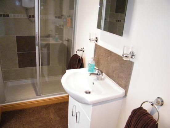 Annexe shower room x1
