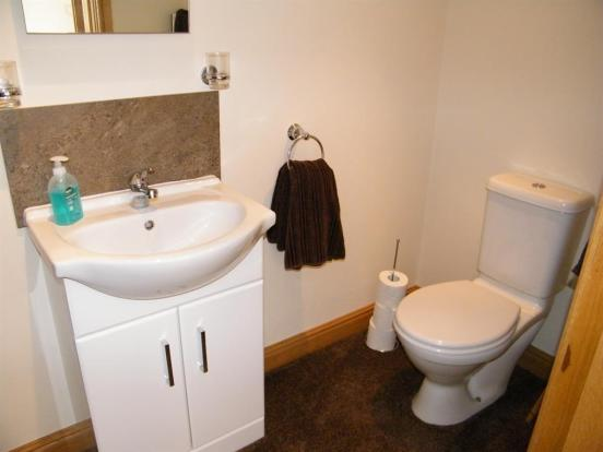 Annexe shower room x2