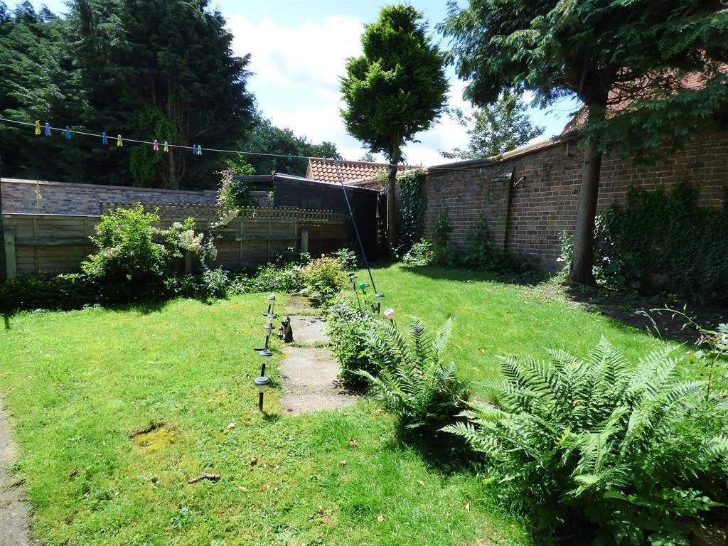 Rear Garden The Laurels