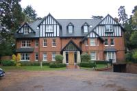 2 bed Penthouse in Murdoch Road, Wokingham...