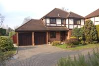 4 bed Detached property for sale in Manor Park Drive...