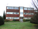 2 bed Flat to rent in Elms Road, Wokingham...