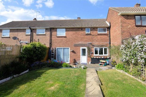3 Bedroom Terraced House For Sale In Queens Road North Weald Cm16