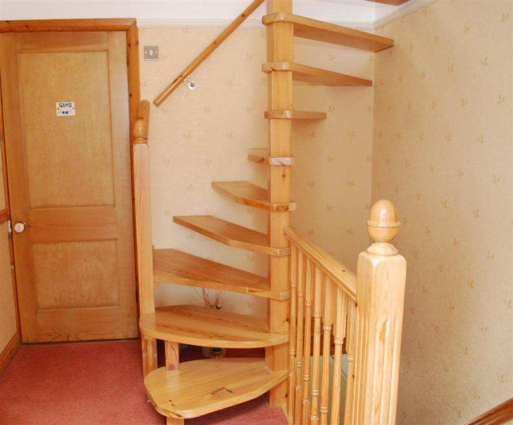 Stairs to Attic.JPG