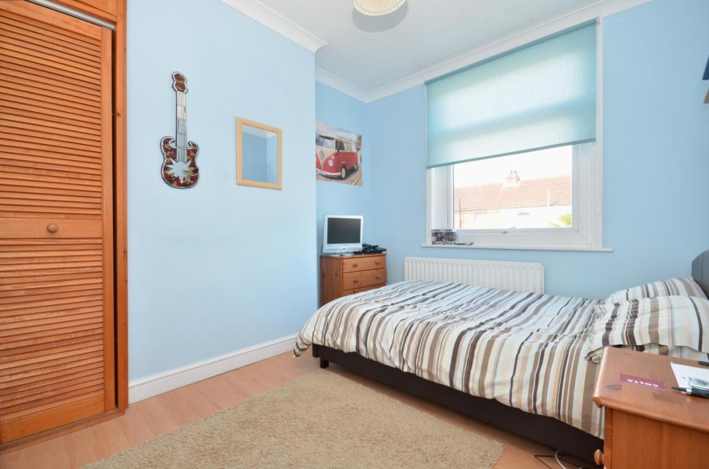 79 Vernon road bed 2