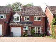 5 bed Detached home to rent in Convent Close, Hitchin...