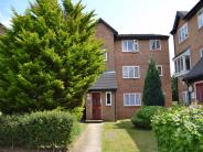 1 bedroom Ground Flat in Wedgewood Road, HITCHIN...