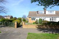 3 bed Semi-Detached Bungalow in Caenby Road, Cleethorpes