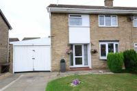 3 bedroom semi detached house in Collingwood Crescent...