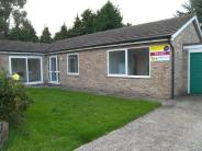 Bungalow in Capillar Close, Wivenhoe...