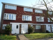 Clareville Road Flat to rent