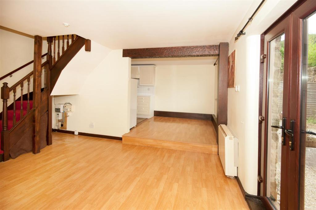 2SMC-Downstairs04.jp