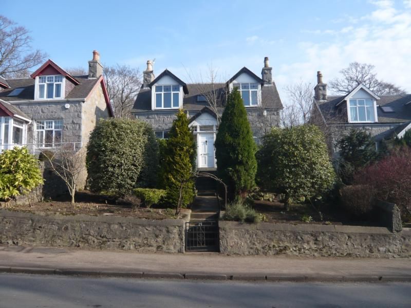 3 bedroom detached house to rent in Malcolm Road, Peterculter ...