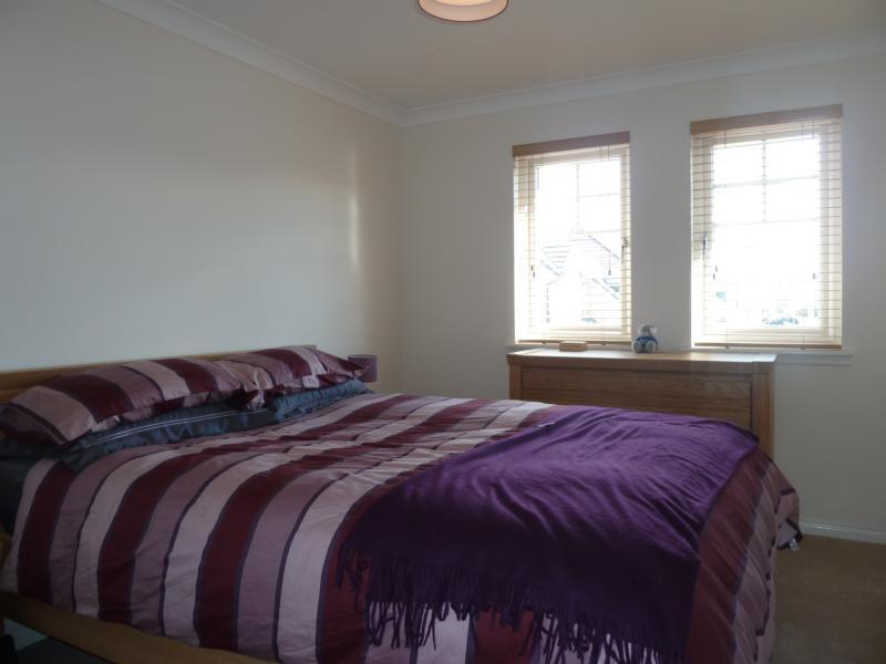 27 Mackie Way - Bedroom