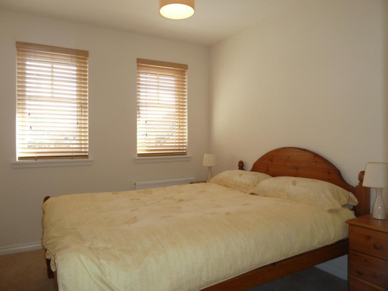 27 Mackie Way - Bedroom 2