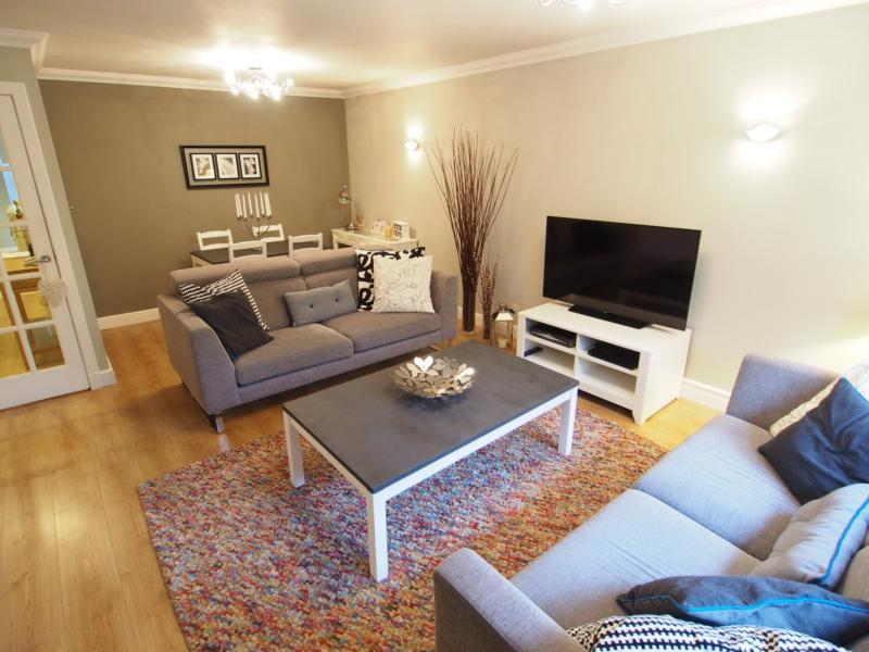 2 Bedroom Flat To Rent In Whinhill Road Aberdeen Ab11 Ab11
