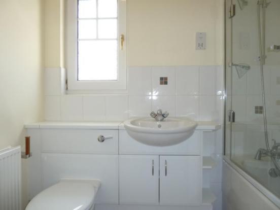 94 Carnie Avenue - Bathroom