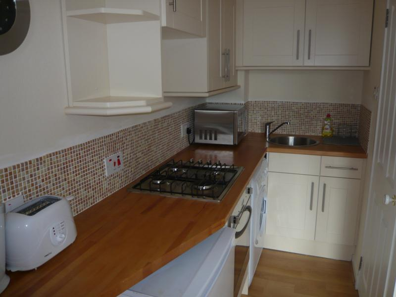 32 Midstocket Road, Top Right - Kitchen