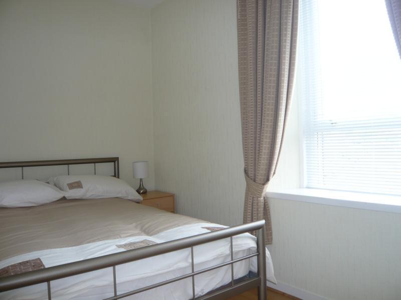 32 Midstocket Road, Top Right - Bedroom