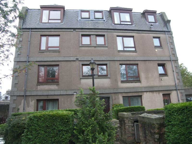 2 Bedroom Flat To Rent In Berryden Road Aberdeen Ab25 Ab25