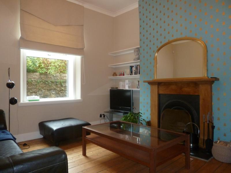 62 Albury Road - Lounge